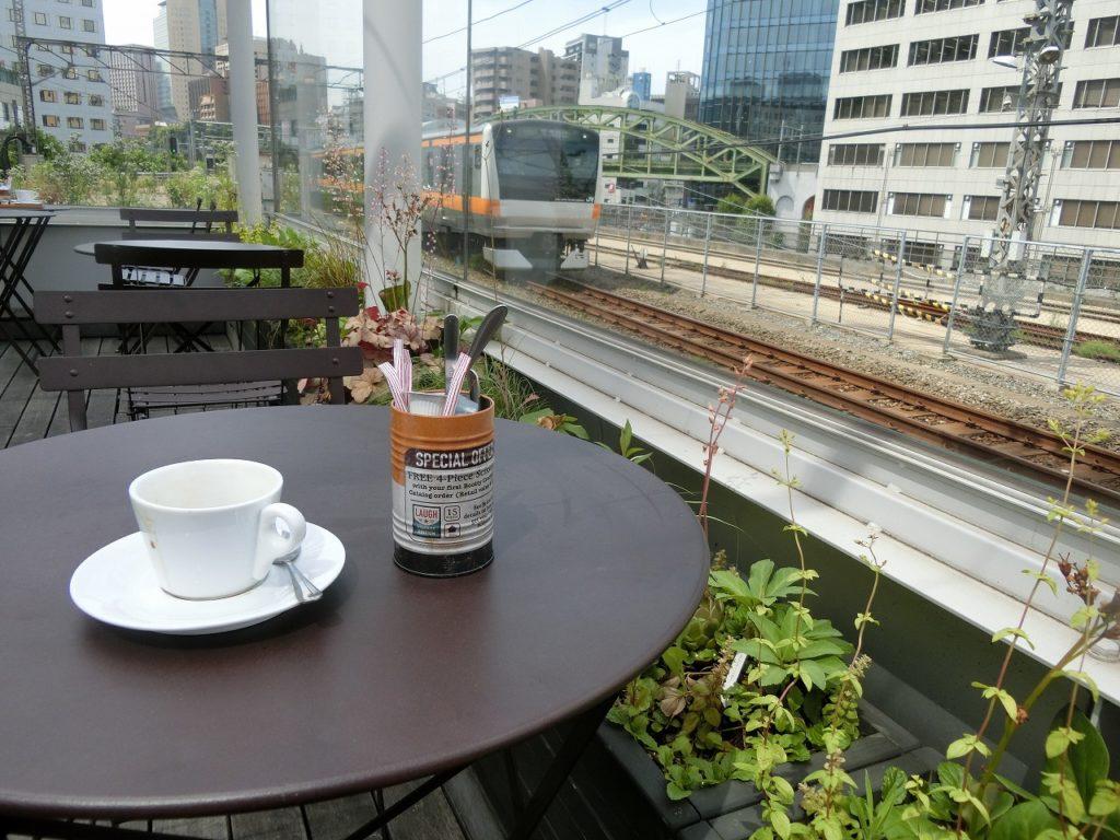 万世橋駅を利用したカフェ