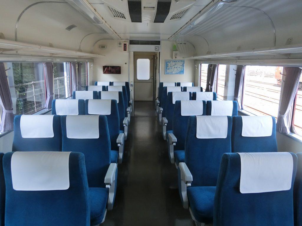 九州鉄道記念館の481系車内
