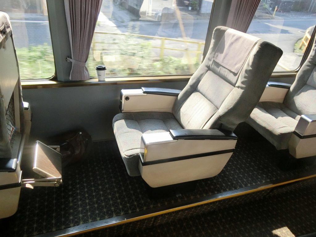 783系グリーン車の座席
