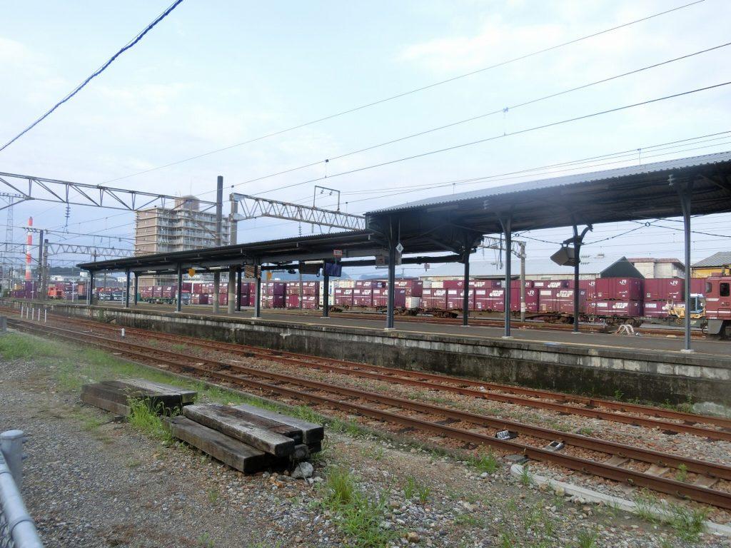 延岡駅の貨物ターミナル
