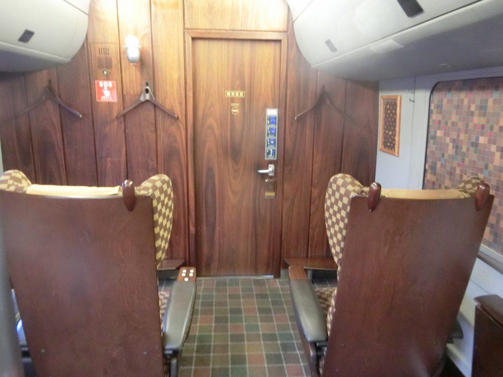 787系DXグリーン車