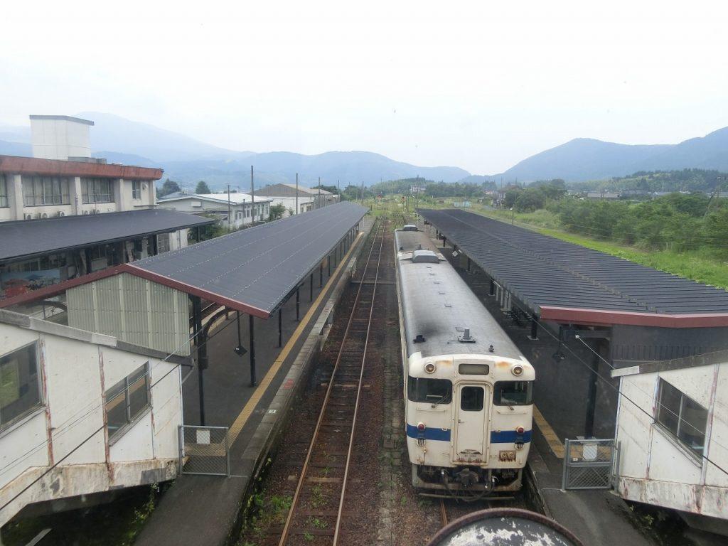 吉松駅ホーム