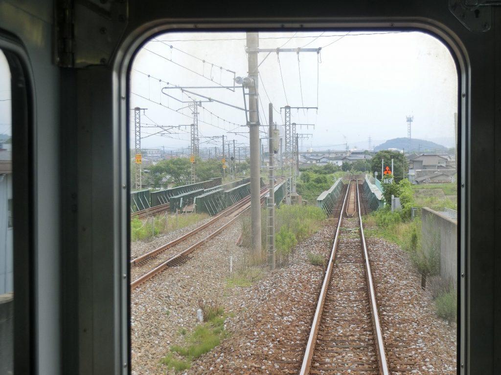 平成筑豊鉄道田川線と日豊本線が分かれる