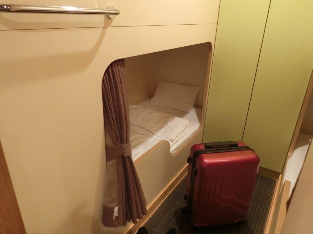 名門大洋フェリーのツーリストクラスのベッド