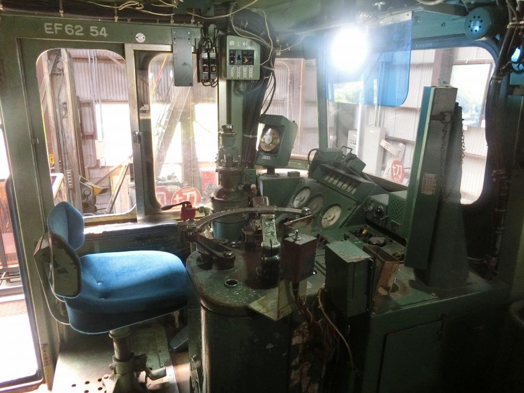 碓氷峠鉄道文化むらの電気機関車の運転席