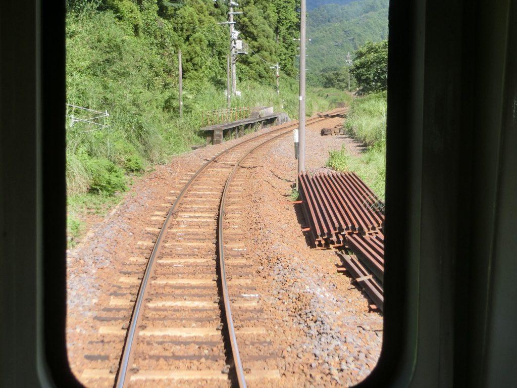 関西本線の加太越えの中在家信号所跡