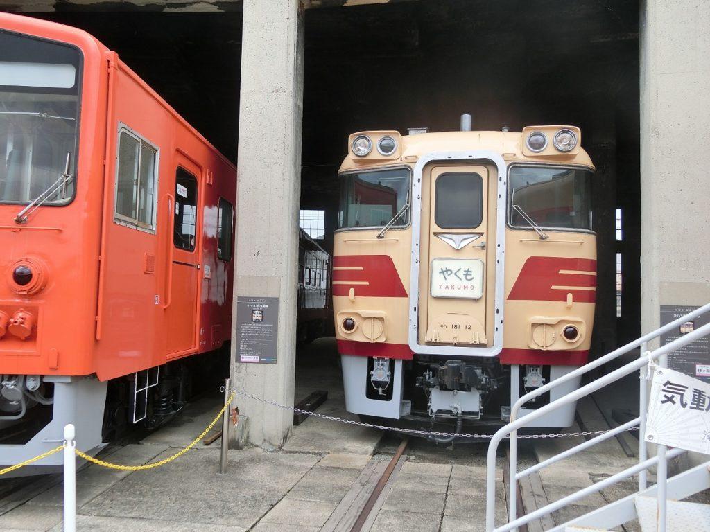 津山まなびの鉄道館のキハ181形特急用気動車