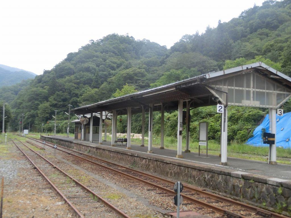 備後落合駅のホーム
