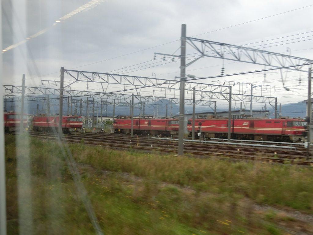五稜郭駅付近のEH800形電気機関車
