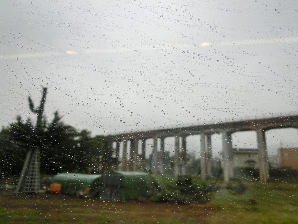 高架式の函館本線の藤城線