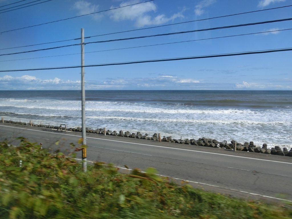根室本線厚内付近の太平洋