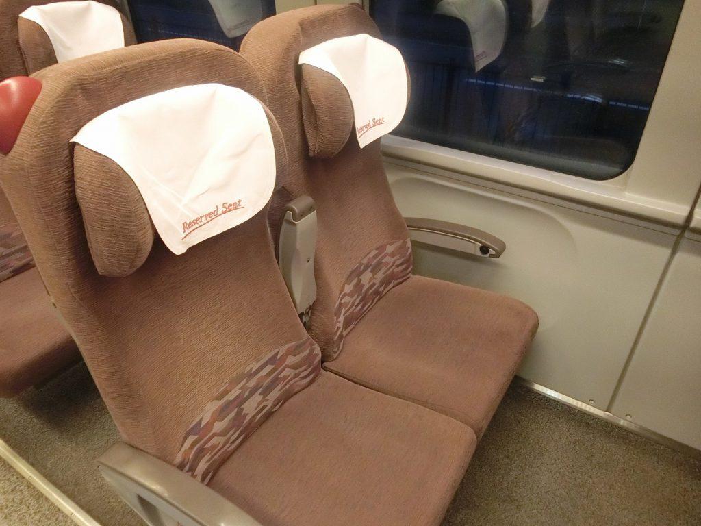 789系1000番台の指定席、uシートの座席