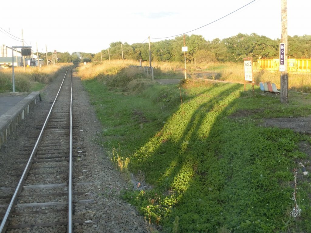 旧標津線の分岐駅、厚床駅