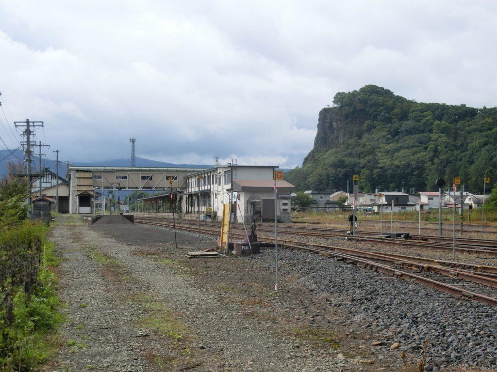 遠軽駅の名寄本線の路盤と0番乗り場の跡