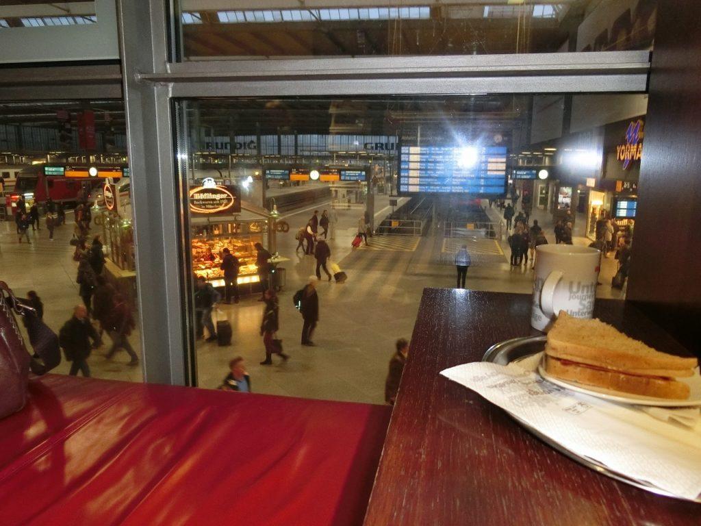 ミュンヘン中央駅のDBラウンジ
