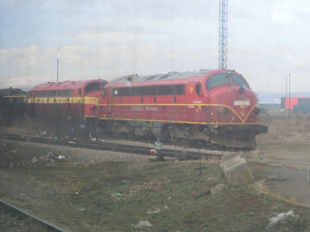 コソボ鉄道のクラシックなディーゼル機関車