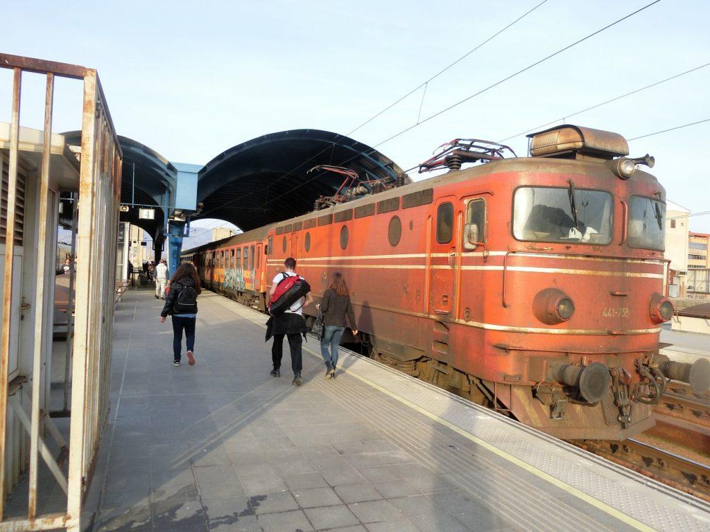北マケドニア共和国の機関車索引の客車列車
