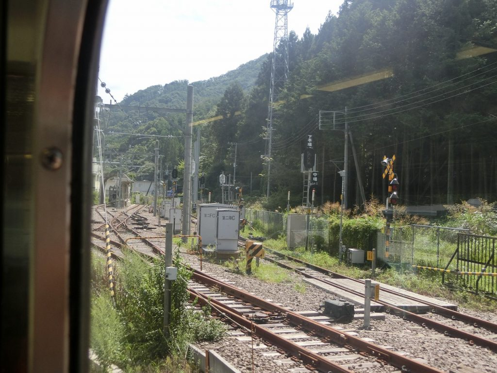 中央本線の笹子駅の元スイッチバックの設備