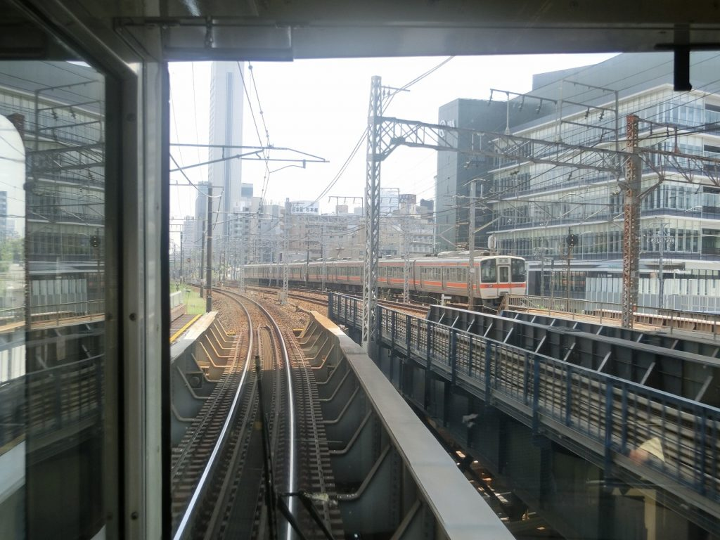 中央本線の名古屋駅付近