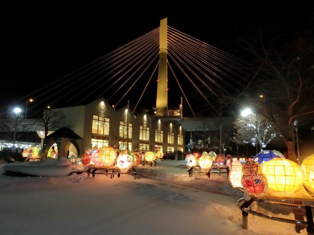 冬の青森駅周辺の夜景