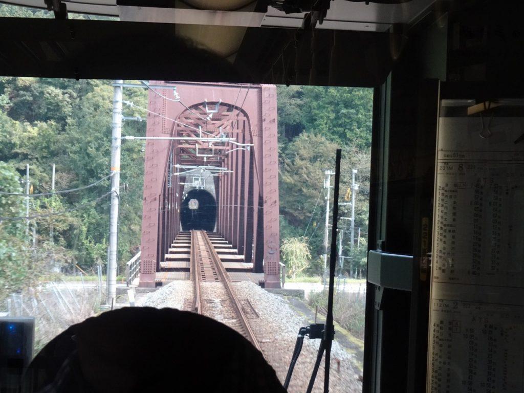 山陰本線船岡駅付近の鉄橋