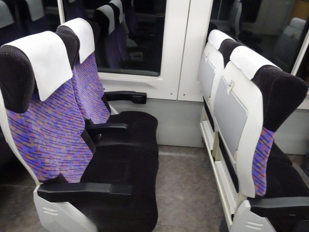 E751系の普通車の座席