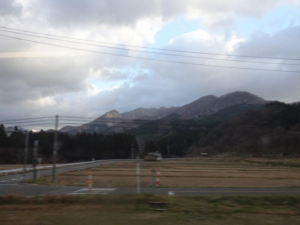 五能線からの白神山地の車窓