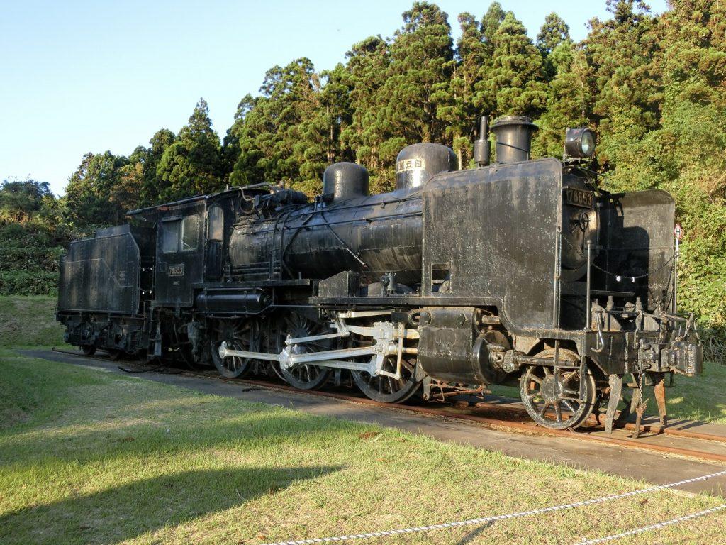 五能線ウェスパ椿山に静態保存されている、「ハチロク」こと、8600形蒸気機関車。