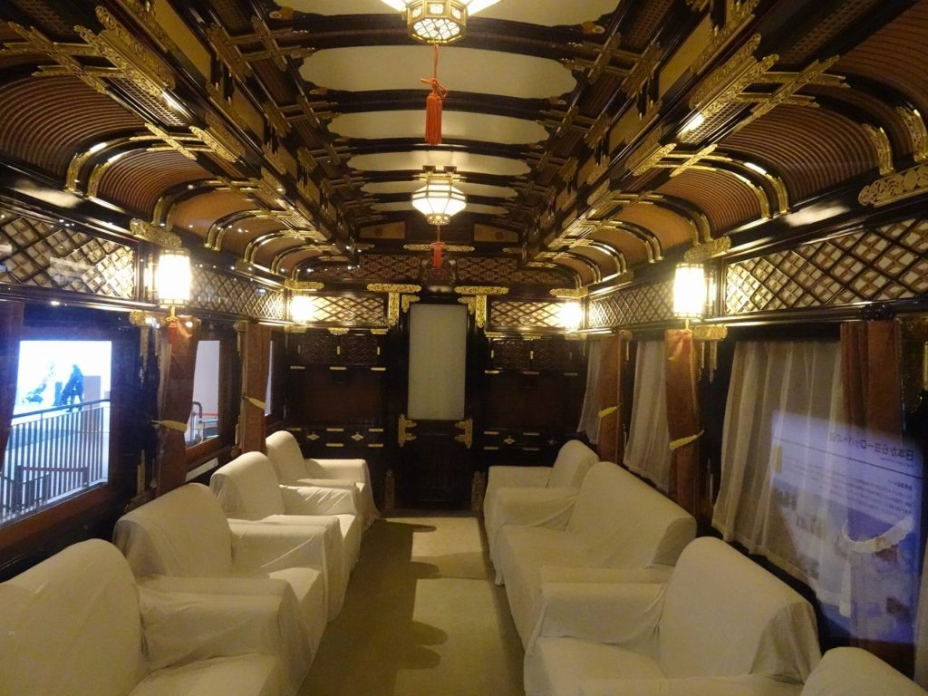 大宮鉄道博物館のマイテ39の車内