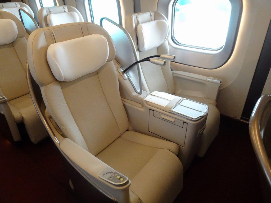 E5系のグランクラスの座席