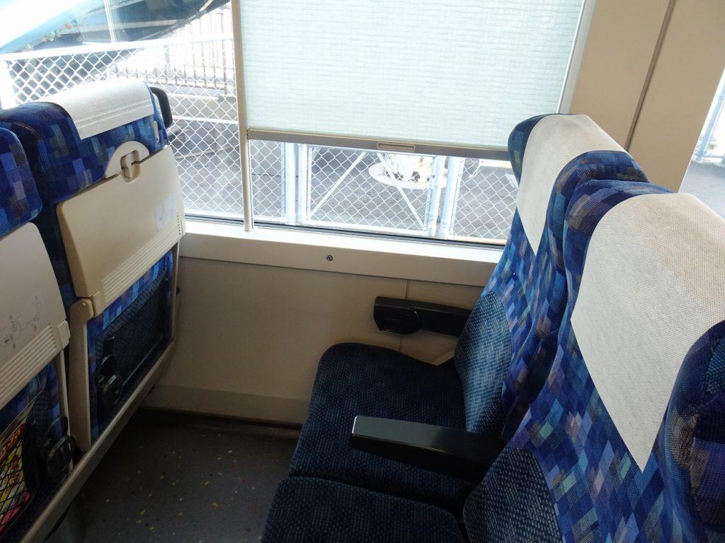 E257系500番台の普通車の座席