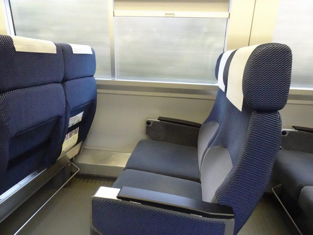 255系の普通車の座席