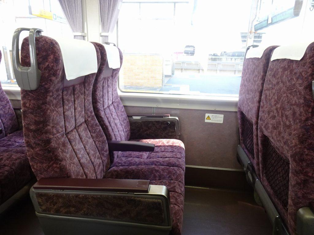 373系の普通車の座席