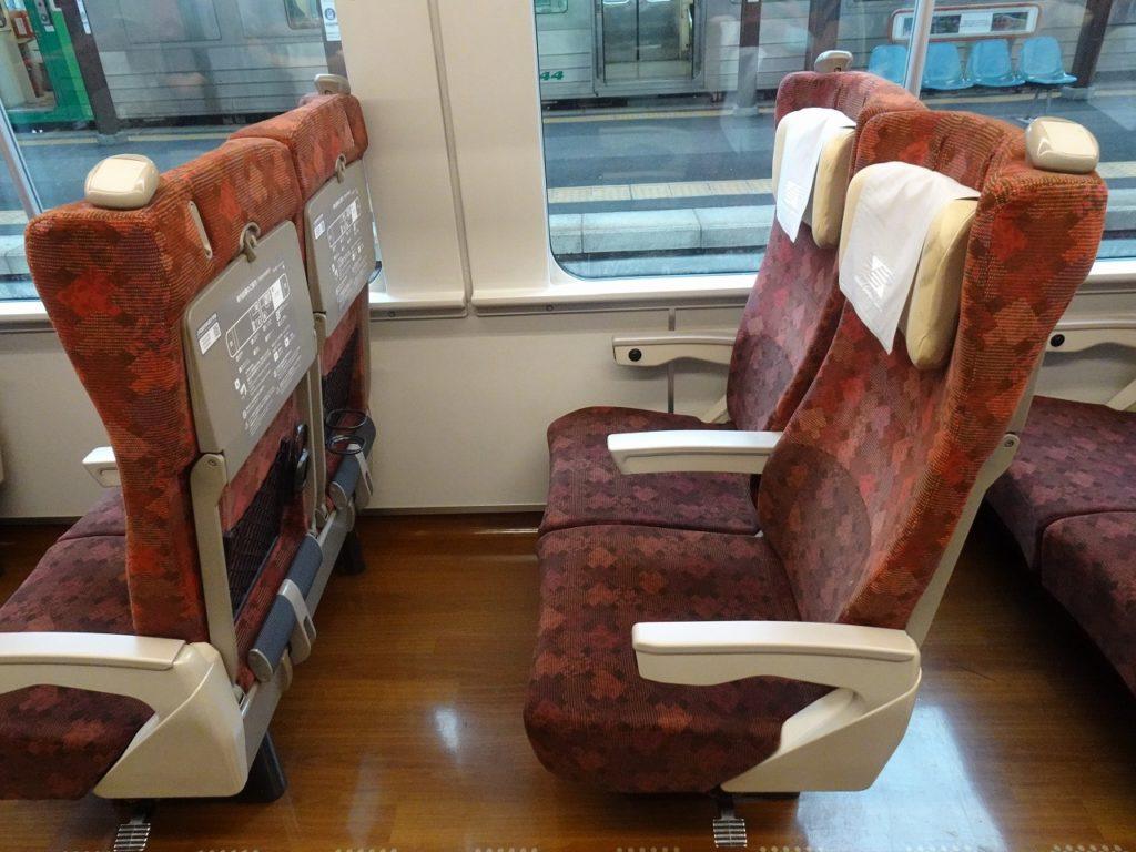2600系の普通車の座席