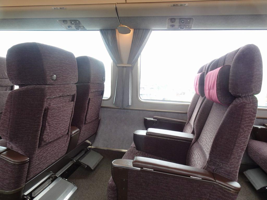 681系のグリーン車の座席
