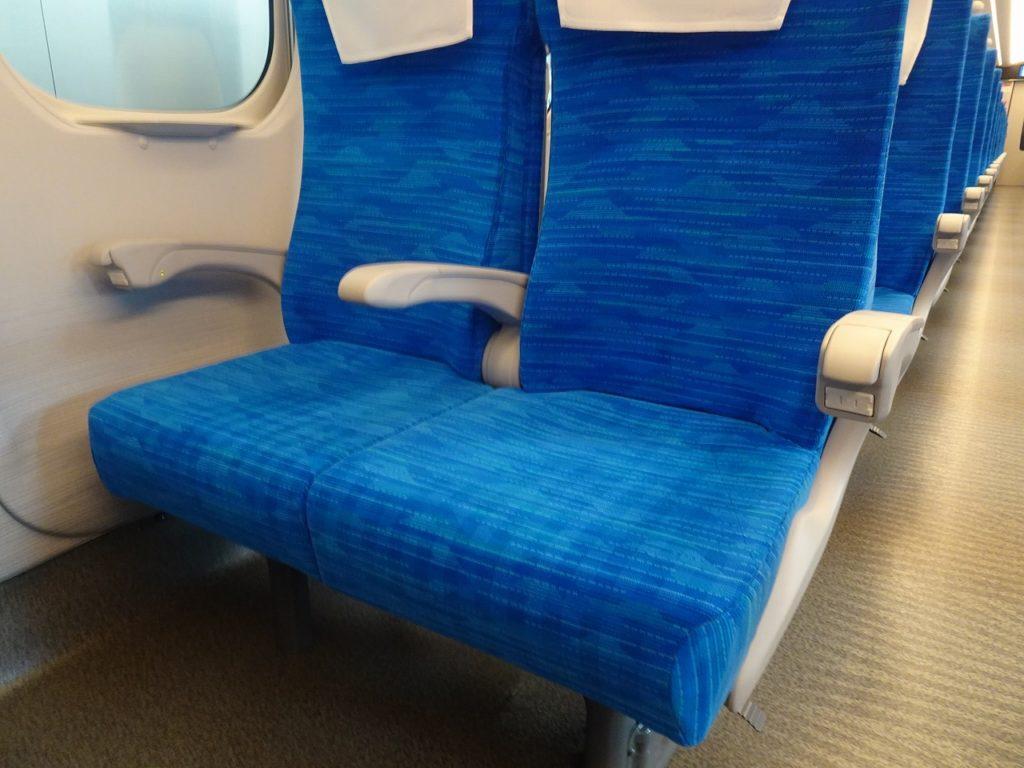 N700Sの普通車の座席