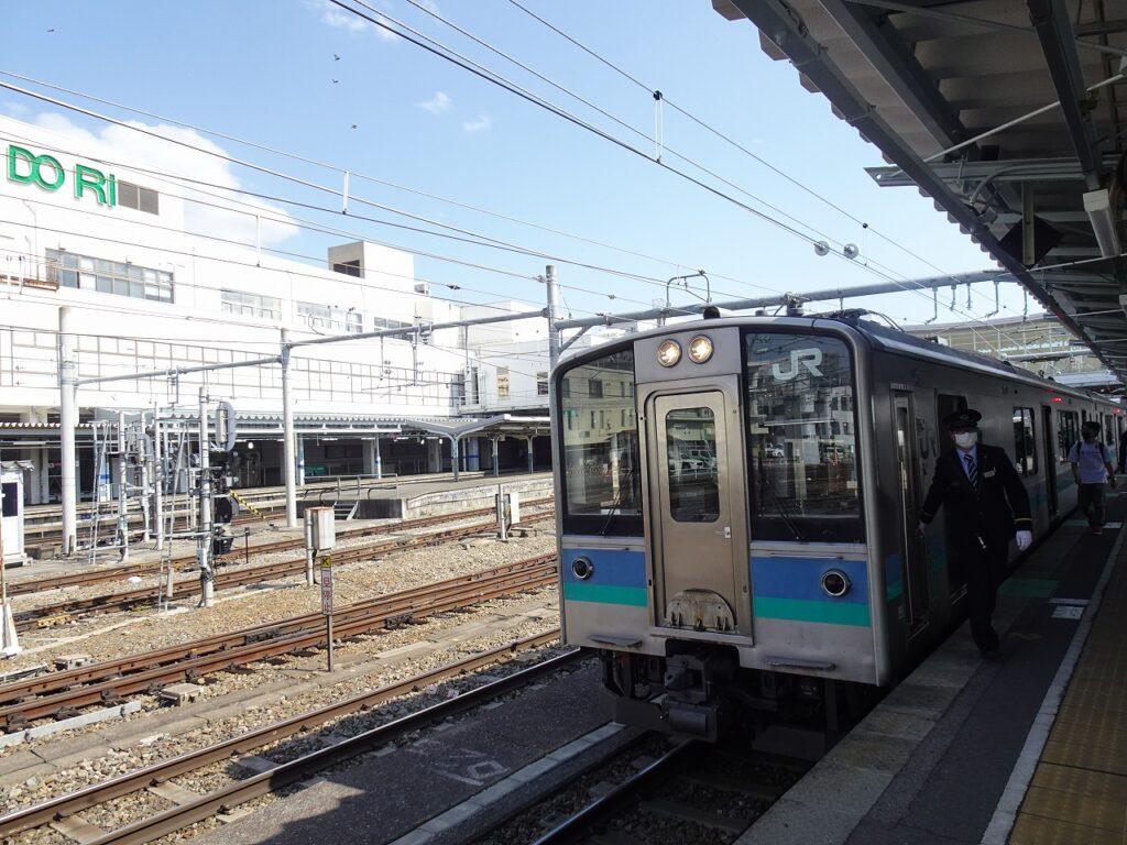 大糸線、E127系電車