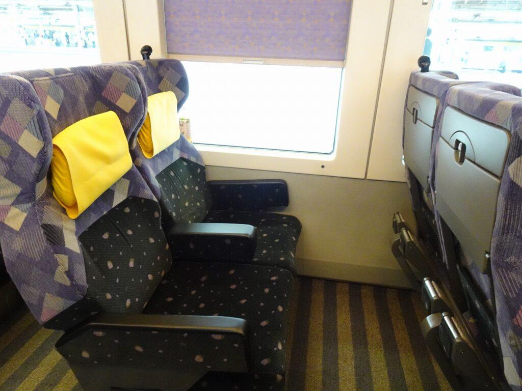 E257系0番台グリーン車の座席